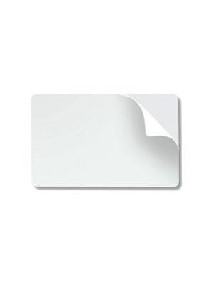 Tarjetas blancas de PVC adhesivas de .10 mil con respaldo de papel - 500 piezas